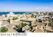 Вид с высоты на морской порт, Medina of Sousse, Тунис (2013 год). Стоковое фото, фотограф Антон Куделин / Фотобанк Лори