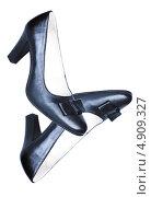 Брошенные туфли. Стоковое фото, фотограф Лика Чекалова / Фотобанк Лори