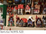 Сувениры пряничные домики (2012 год). Редакционное фото, фотограф Buyanka / Фотобанк Лори