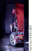 Купить «Старый спортивный автомобиль», фото № 4931867, снято 13 ноября 2012 г. (c) Никончук Алексей / Фотобанк Лори