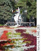 Купить «Парк имени Воровского в Войковском районе Москвы», фото № 4940283, снято 10 августа 2013 г. (c) Данила Васильев / Фотобанк Лори
