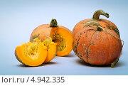 Три тыквы. Стоковое фото, фотограф Надежда Бобкова / Фотобанк Лори