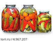Домашние соления. Маринованное ассорти из овощей. Стоковое фото, фотограф Виктор Никитин / Фотобанк Лори