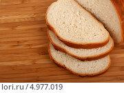 Белый хлеб. Стоковое фото, фотограф Сергей Видинеев / Фотобанк Лори