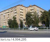 Купить «Улица Стромынка, 5, Москва», эксклюзивное фото № 4994295, снято 7 августа 2013 г. (c) lana1501 / Фотобанк Лори