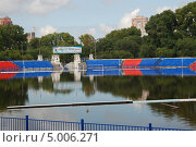 Купить «Хабаровск. Затопленный стадион.», фото № 5006271, снято 1 сентября 2013 г. (c) Петроченко Мария Петровна / Фотобанк Лори