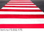 Пешеходный переход. Зебра. Стоковое фото, фотограф Артем Мишуков / Фотобанк Лори