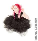 Купить «Девушка с красными дредами в черном платье», фото № 5038059, снято 15 ноября 2008 г. (c) Syda Productions / Фотобанк Лори