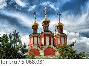 Церковь Михаила Архангела в Тропарёве, Москва (2011 год). Стоковое фото, фотограф lana1501 / Фотобанк Лори