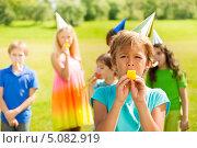 Купить «Мальчик на дне рождения со своими друзьями», фото № 5082919, снято 17 августа 2013 г. (c) Сергей Новиков / Фотобанк Лори