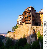 Купить «Висячие дома на скалах в Куэнка», фото № 5083283, снято 24 августа 2013 г. (c) Яков Филимонов / Фотобанк Лори