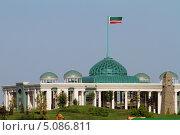 Грозный, Чечня. Дворец президента Чечни (резиденция главы Чеченской Республики), эксклюзивное фото № 5086811, снято 22 августа 2013 г. (c) A Челмодеев / Фотобанк Лори