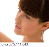 Купить «Красивая брюнетка с челкой с драгоценным камнем в сережках», фото № 5111643, снято 21 марта 2009 г. (c) Syda Productions / Фотобанк Лори