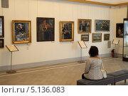 Купить «Кострома, интерьер Романовского музея», эксклюзивное фото № 5136083, снято 4 сентября 2013 г. (c) Дмитрий Неумоин / Фотобанк Лори