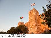 Замок Святого Георгия на закате. Лиссабон. Португалия (2013 год). Стоковое фото, фотограф E. O. / Фотобанк Лори