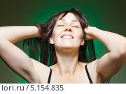 Купить «Портрет счастливой улыбающейся женщины», фото № 5154835, снято 15 ноября 2009 г. (c) Станислав Фридкин / Фотобанк Лори