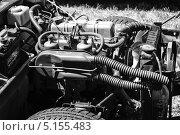 Купить «Двигатель английского двухместного спортивного автомобиля Triumph Spitfire 1500», фото № 5155483, снято 19 мая 2013 г. (c) Sergey Kohl / Фотобанк Лори