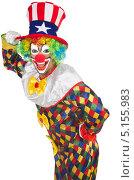 Купить «Веселый клоун в шапке с американской символикой», фото № 5155983, снято 26 июня 2013 г. (c) Elnur / Фотобанк Лори