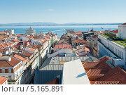 Крыши Лиссабона. Португалия (2013 год). Редакционное фото, фотограф E. O. / Фотобанк Лори