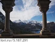 Вид из замка на альпийское озеро. Стоковое фото, фотограф Барабанов Максим / Фотобанк Лори