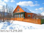 Купить «Домик в деревне», эксклюзивное фото № 5219203, снято 4 марта 2013 г. (c) Елена Коромыслова / Фотобанк Лори