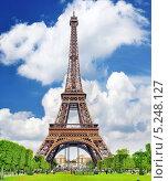 Купить «Эйфелева башня», фото № 5248127, снято 18 сентября 2013 г. (c) Vitas / Фотобанк Лори