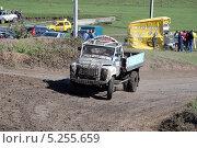 Купить «Грузовой автокросс», фото № 5255659, снято 22 сентября 2013 г. (c) Олег Пчелов / Фотобанк Лори