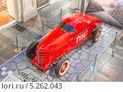 ГАЗ-ГЛ-1 (1940 г. выпуска) - первый советский гоночный автомобиль заводской постройки (2013 год). Редакционное фото, фотограф Владимир Сергеев / Фотобанк Лори
