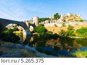 Купить «Вид Пуэнте Алькантара. Толедо, Испания», фото № 5265375, снято 23 августа 2013 г. (c) Яков Филимонов / Фотобанк Лори
