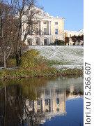 Купить «Дворец Павла I (Павловский дворец)», фото № 5266607, снято 27 октября 2012 г. (c) Светлана Микитанская / Фотобанк Лори