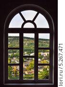 Купить «Город деревня видно через окно», фото № 5267471, снято 17 сентября 2013 г. (c) Анастасия Филиппова / Фотобанк Лори