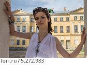 Девушка в белом (2013 год). Редакционное фото, фотограф Наталья Степченкова / Фотобанк Лори