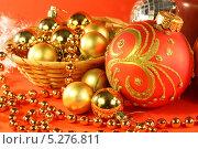 Купить «Новогодняя композиция», фото № 5276811, снято 12 ноября 2013 г. (c) Виктор Топорков / Фотобанк Лори