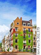 Купить «Амстердам и типичные дома. Нидерланды», фото № 5302379, снято 19 сентября 2013 г. (c) Vitas / Фотобанк Лори