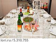 Купить «Сервировка домашнего стола», эксклюзивное фото № 5310755, снято 24 мая 2012 г. (c) Алёшина Оксана / Фотобанк Лори