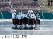 Купить «Водник - Кузбасс», фото № 5324179, снято 30 ноября 2013 г. (c) Евгений / Фотобанк Лори