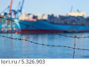 Портовая зона. Стоковое фото, фотограф Sergey  Kalabin / Фотобанк Лори