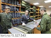 Военный призыв 2013, в областном военкомате города Железнодорожный. Редакционное фото, фотограф Дмитрий Неумоин / Фотобанк Лори
