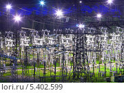 Купить «Высоковольтная электрическая подстанция 330 кВ с ночной подсветкой», фото № 5402599, снято 9 июня 2013 г. (c) yeti / Фотобанк Лори