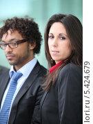 Купить «Двое деловых людей», фото № 5424679, снято 20 января 2010 г. (c) Phovoir Images / Фотобанк Лори