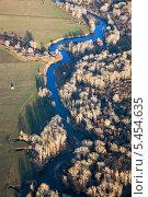 Купить «Сельская местность, вид сверху», фото № 5454635, снято 23 октября 2013 г. (c) Владимир Мельников / Фотобанк Лори
