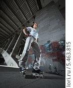 Купить «Роллер в интерьере заброшенного промышленного здания», фото № 5463815, снято 11 июля 2009 г. (c) Станислав Фридкин / Фотобанк Лори