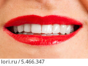 Купить «Белозубая женская улыбка», фото № 5466347, снято 13 октября 2013 г. (c) Сергей Дубров / Фотобанк Лори