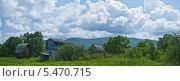 Купить «Панорама сельского пейзажа под облачным небом», фото № 5470715, снято 12 июня 2011 г. (c) Владимир Шеховцев / Фотобанк Лори
