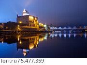 Купить «Эстония. Вид на Нарвский замок», эксклюзивное фото № 5477359, снято 5 января 2014 г. (c) Литвяк Игорь / Фотобанк Лори