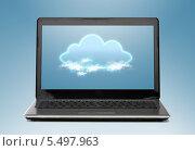 Купить «ноутбук с облаком на экране», фото № 5497963, снято 14 ноября 2013 г. (c) Syda Productions / Фотобанк Лори