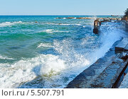 Купить «Шторм на Черном море, Болгария», фото № 5507791, снято 21 августа 2013 г. (c) Юрий Брыкайло / Фотобанк Лори