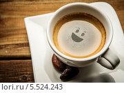 Купить «Чашка кофе со смайликом на пенке», фото № 5524243, снято 21 января 2014 г. (c) Andrejs Pidjass / Фотобанк Лори