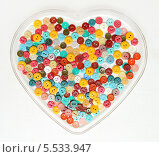 Сердце из пуговиц. Стоковое фото, фотограф Ирина Литвин / Фотобанк Лори
