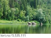 Река Уфа камни на берегу. Стоковое фото, фотограф Евгений Степанов / Фотобанк Лори